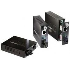 Bộ chuyển đổi quang điện hiệu Planet Gigabit Ethernet Media Converter FST-802S15